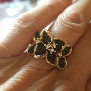 Black and Gold Color ring